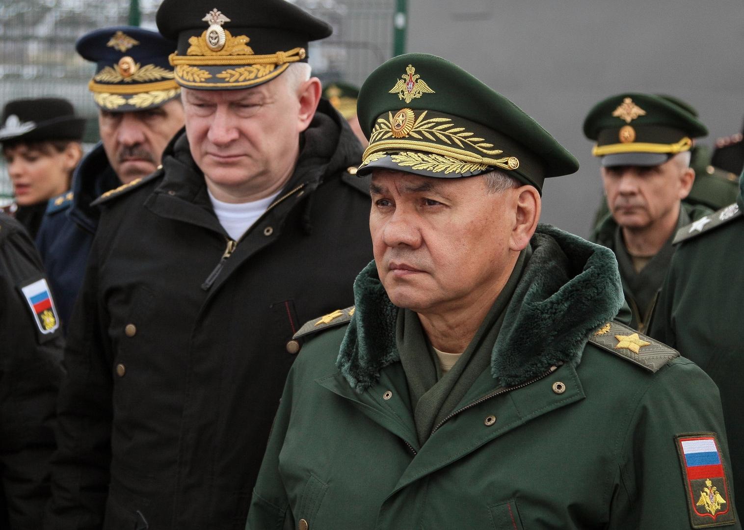 شويغو يأمر الجيش الروسي بالاستعداد للرد على أي تطورات سلبية حول مناورات الناتو القادمة في أوروبا