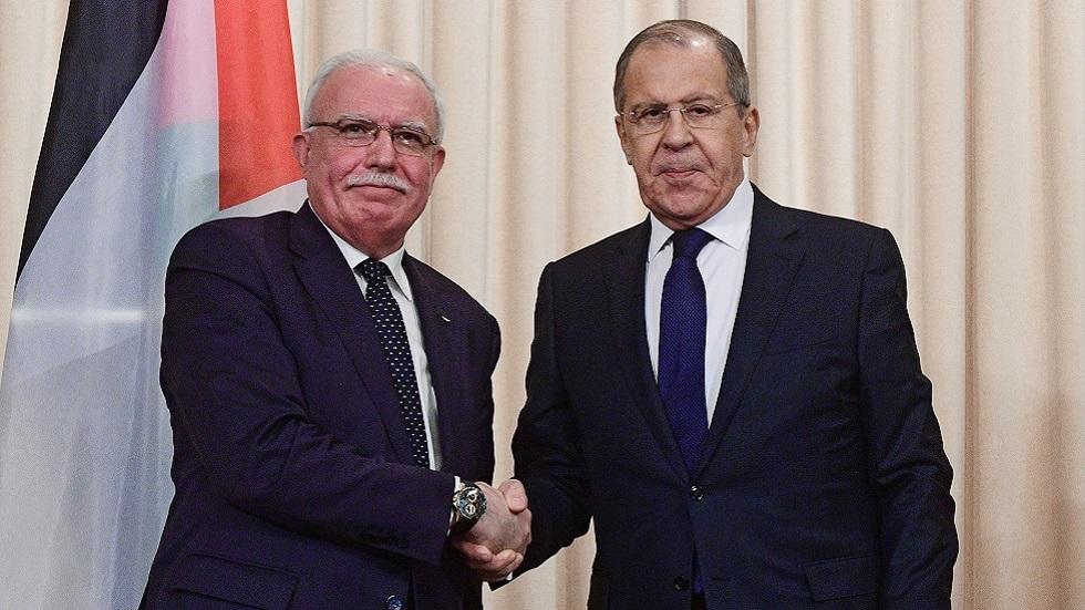 وزير الخارجية الروسي سيرغي لافروف ,ووزير الخارجية والمغتربين الفلسطيني رياض المالكي (صورة أرشيفية)
