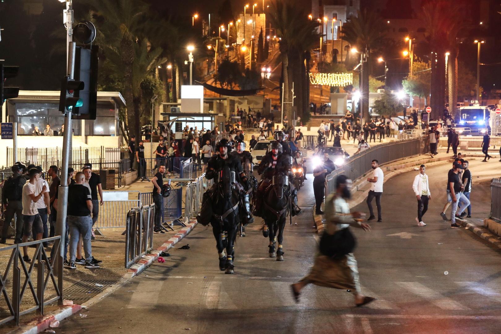 إصابة شرطي إسرائيلي في مواجهات مع شبان فلسطينيين (صور)