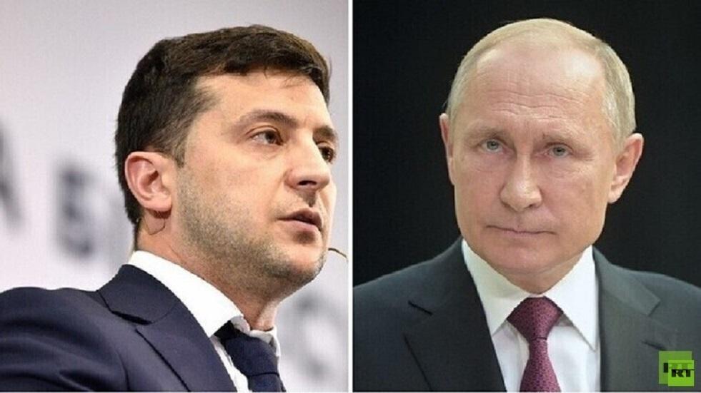 مكتب زيلينسكي يعد بالرد على عرض بوتين حول اللقاء بينهما