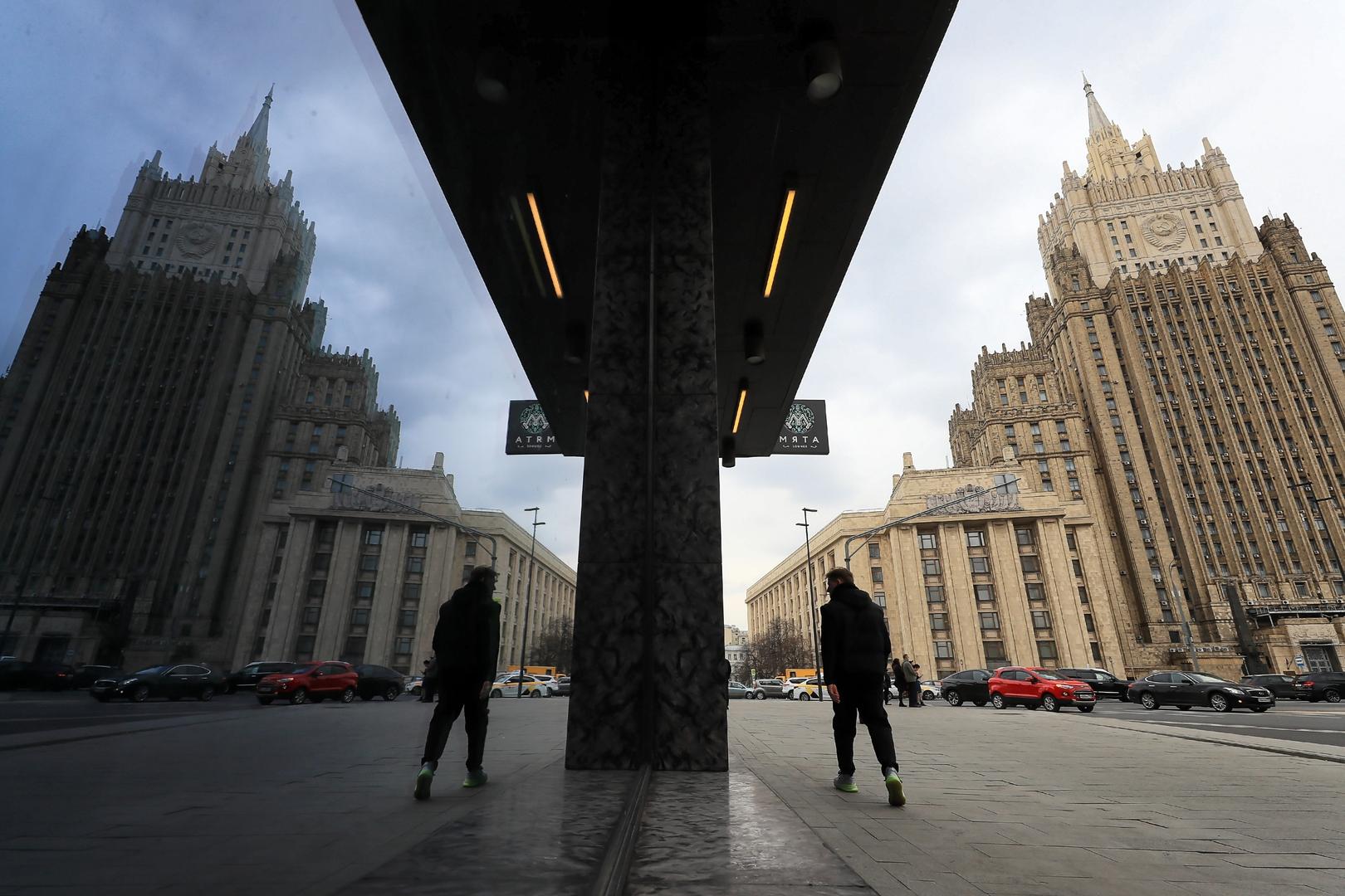روسيا تعلن 5 دبلوماسيين بولنديين شخصيات غير مرغوب فيها