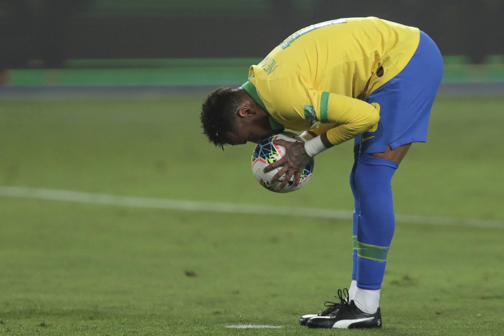 مدرب البرازيل يأمل في تحرير نيمار للمشاركة مع المنتخب الأولمبي