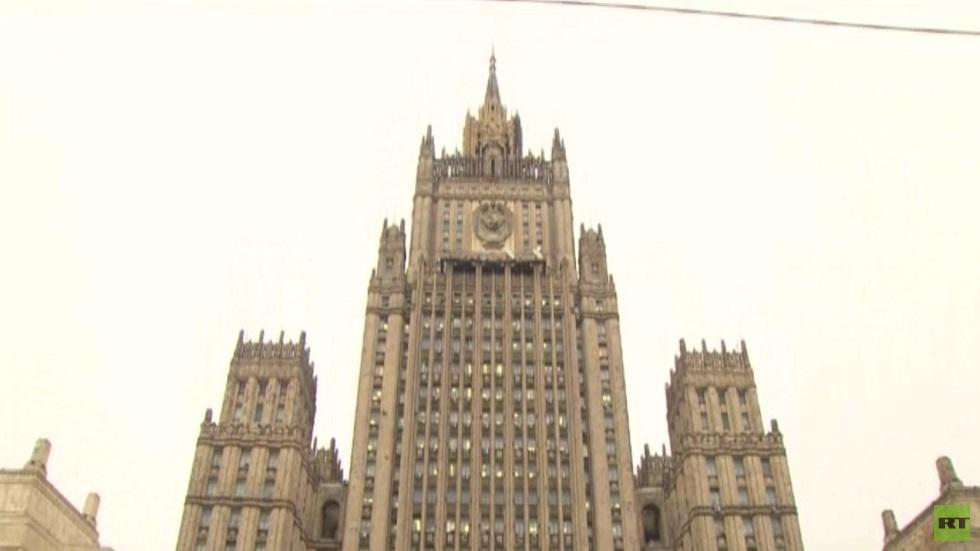 موسكو تطرد 5 دبلوماسيين بولنديين