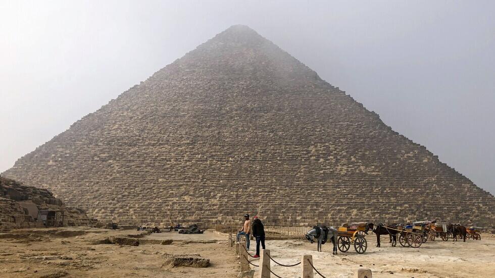 وزير الطيران المصري: عودة السياحة الروسية لشرم الشيخ والغردقة خلال 10 أيام