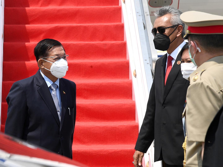 قادة دول جنوب شرقي آسيا يلتقون زعيم ميانمار الجديد في قمة طارئة