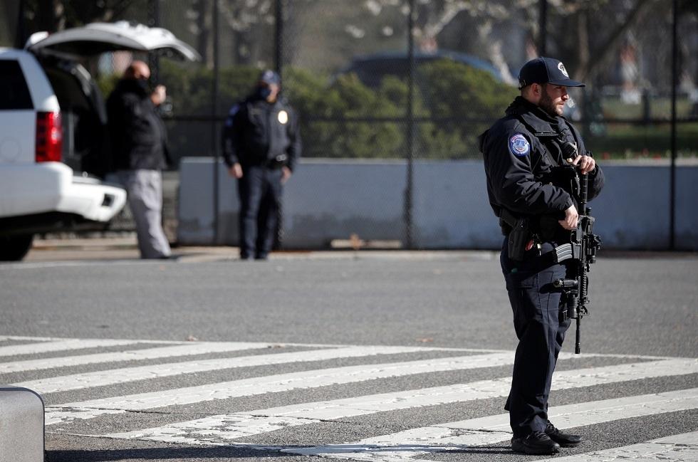 مقتل رجل يرتدي سترة واقية برصاص الشرطة في هوليوود