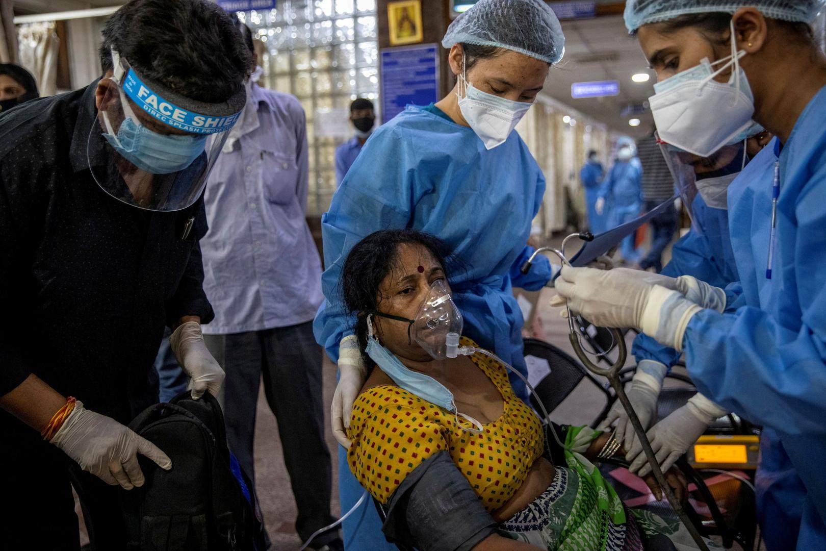 وصول الشحنات الأولى من المساعدات الطبية الأمريكية إلى الهند