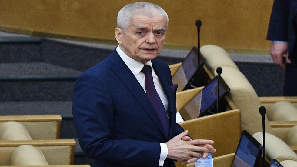 برلماني روسي يتحدث عن طرق تقليص الإصابات بفيروس كورونا في عطلة مايو