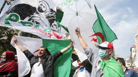 الجزائر.. 23 من موقوفي الحراك مضربون عن الطعام منذ الأربعاء الماضي