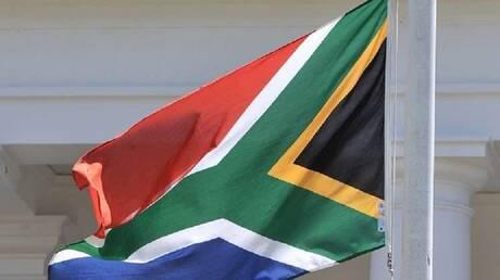 جنوب إفريقيا.. اتهام صاحب فندق بقتل عروسين شابين أقاما في فندقه (صور)
