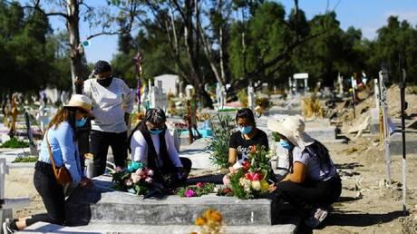 المكسيك تسجل 1627 إصابة و364 وفاة جديدة بكورونا