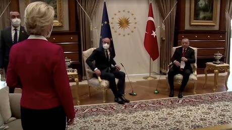"""فون دير لاين تعلق للمرة الأولى على """"فضيحة الأريكة"""" في أنقرة"""