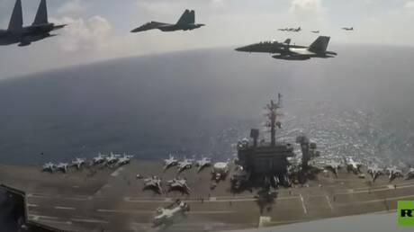 """مقاتلات """"سو-30"""" إندونيسية تحلّق فوق حاملة """"ثيودور روزفلت"""" الأمريكية"""