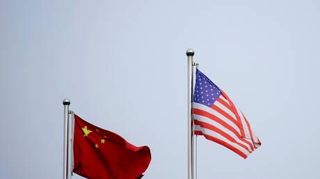الصين والولايات المتحدة تعربان عن التزامهما بمكافحة تغير المناخ