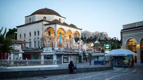 اليونان تعلن عن عودة السياحة بحلول 15 مايو المقبل