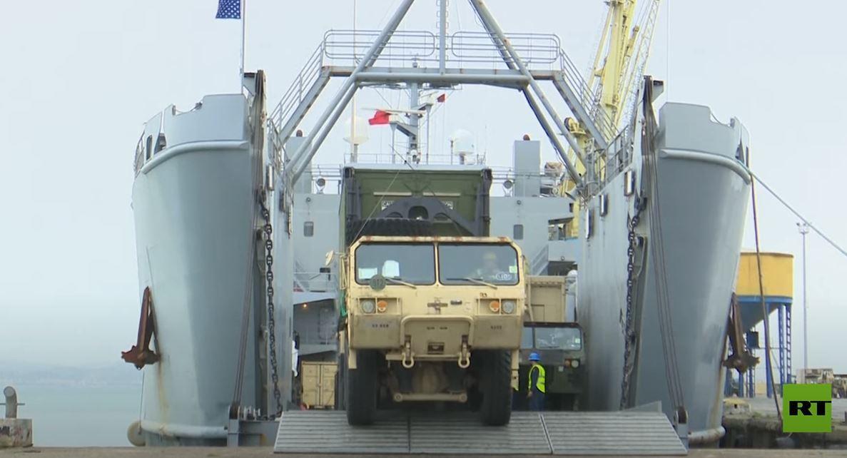 قوات ومعدات عسكرية أمريكية تصل إلى ألبانيا