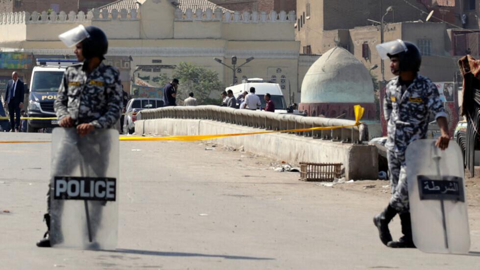 الداخلية المصرية تنفي تقارير حول مقتل لواء شرطة متقاعد في القاهرة