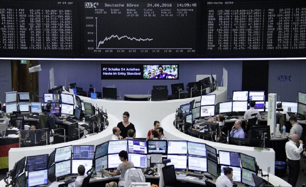 الأسهم الأوروبية تغلق منخفضة وقطاع التكنولوجيا يواجه أسوأ يوم منذ أشهر