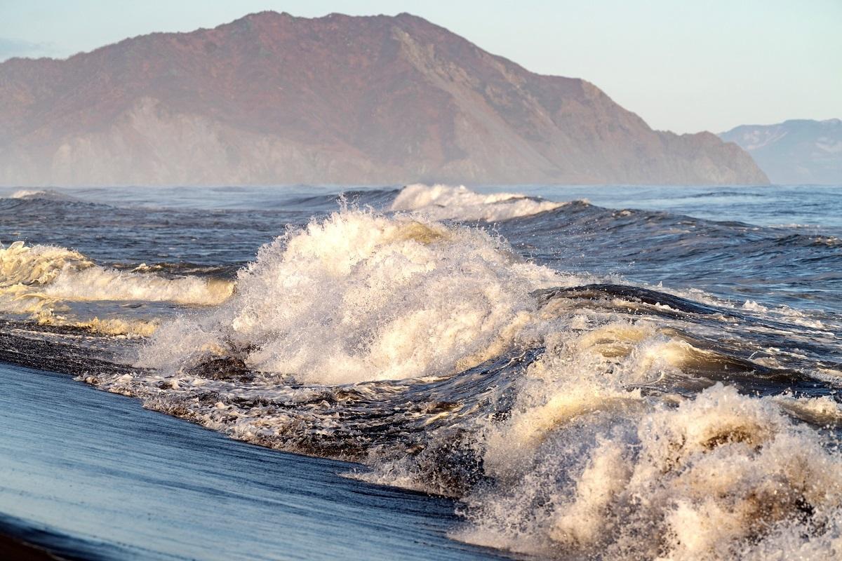 رصد 4 زلازل في مياه المحيط الهادئ قرب كامتشاتكا الروسية خلال ليل الأربعاء