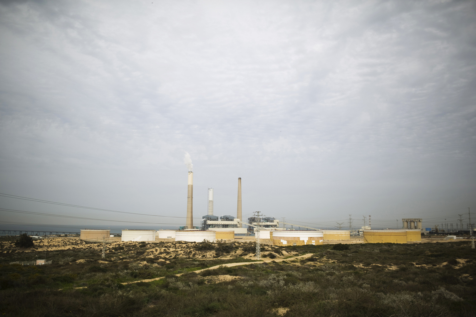 إسرائيل.. منظمات خضراء تطالب المحكمة العليا بإلغاء اتفاقية نفطية مع الإمارات