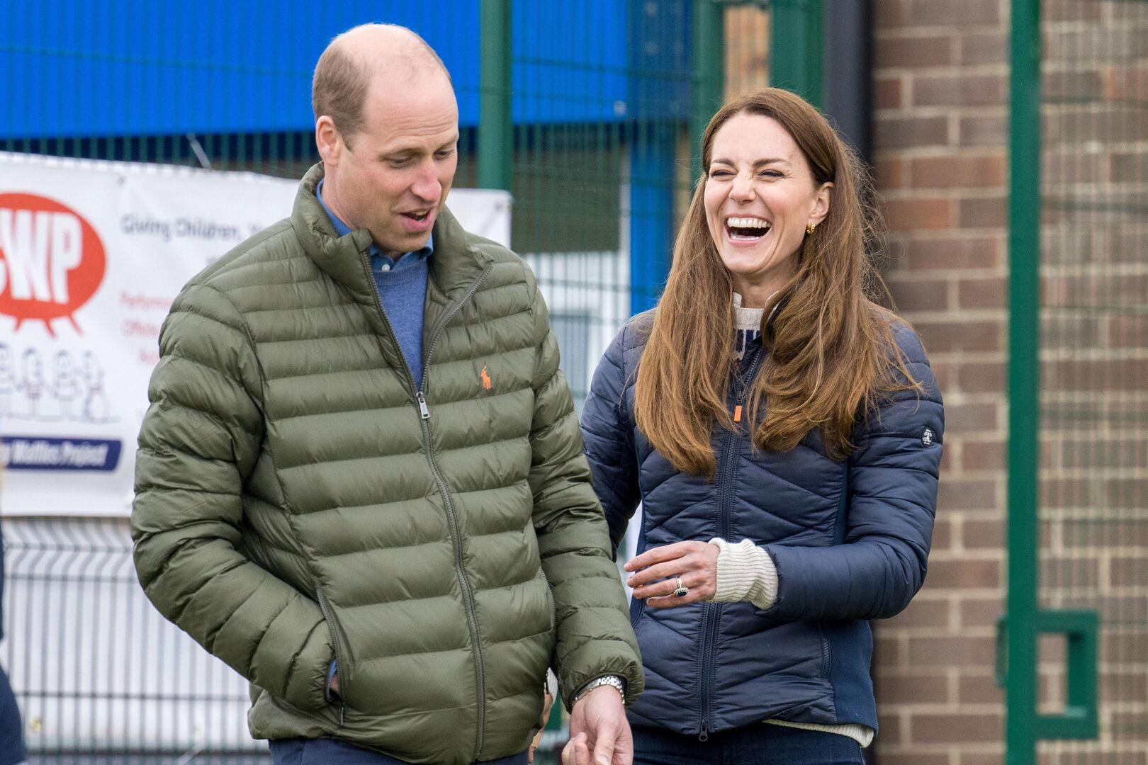 الأمير ويليام وزوجته يطلقان قناة عبر