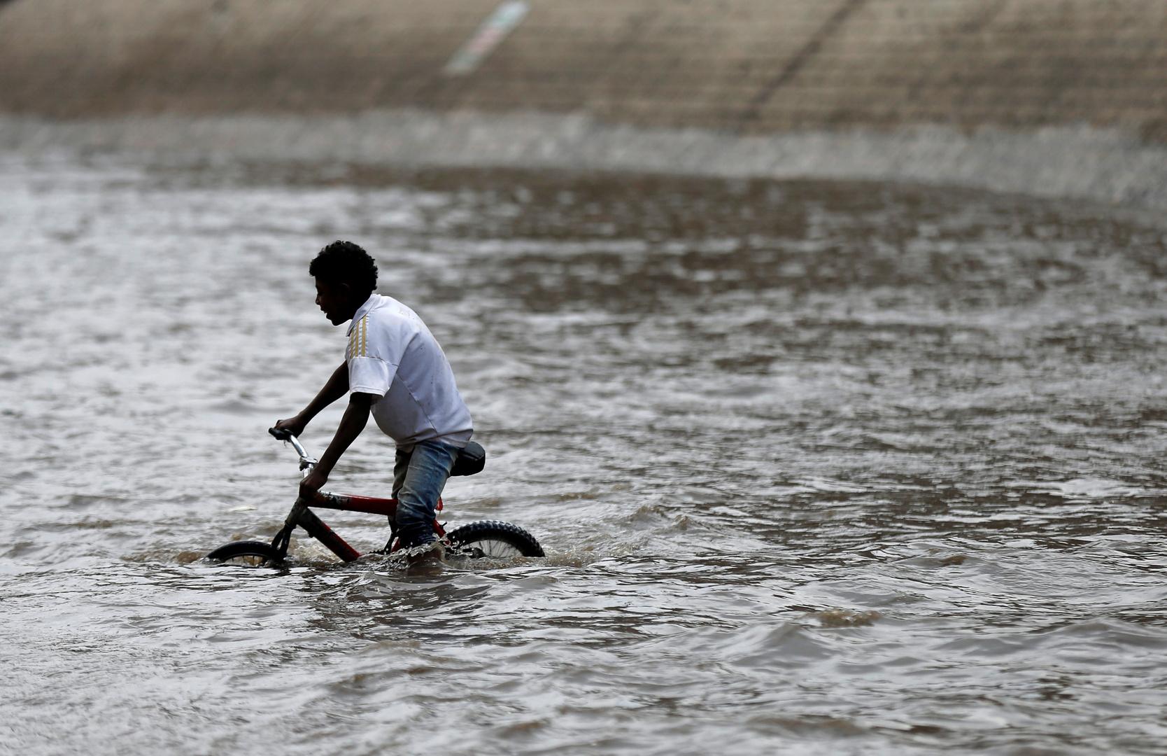 أمطار غزيرة تلحق أضرارا جسيمة بمدينة تريم اليمنية التاريخية