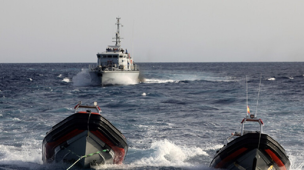إيطاليا تؤكد إصابة قبطان بنيران خفر السواحل الليبي