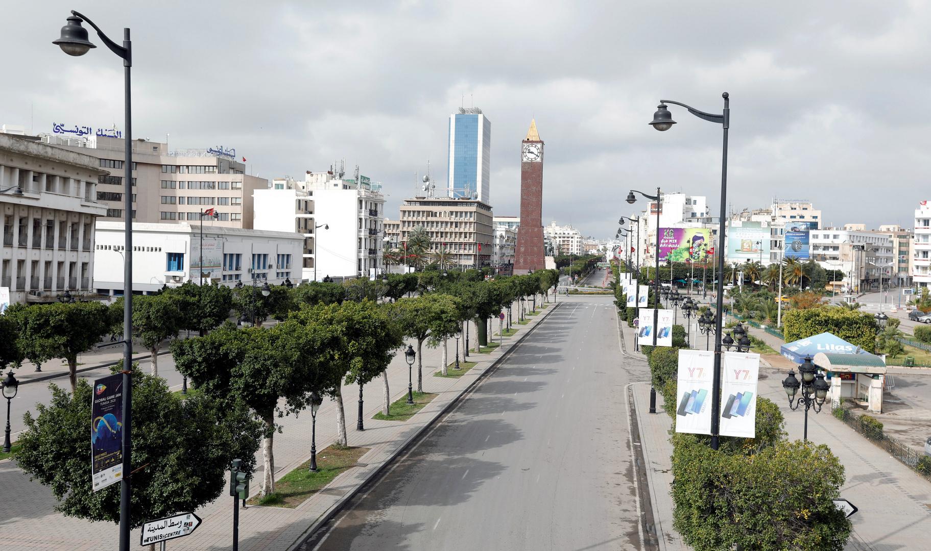 تونس تفرض إغلاقا شاملا لمواجهة كورونا خشية من انهيار نظام الرعاية الصحية