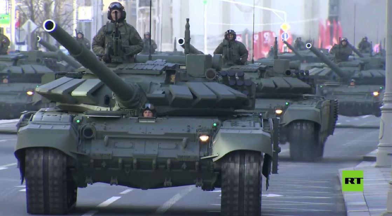 البروفة الرئيسية للعرض العسكري بمناسبة عيد النصر في موسكو
