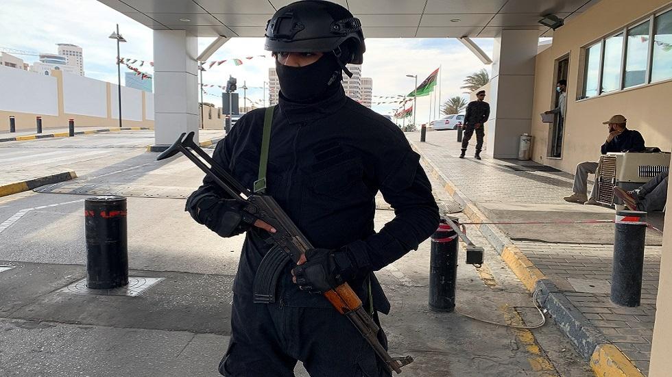 مجلس الرئاسة الليبي ينفي مهاجمة جماعات مسلحة فندقا يجتمع فيه المجلس