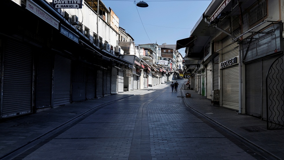 تركيا تسجل أقل من 20 ألف إصابة بكورونا لأول مرة منذ منتصف مارس