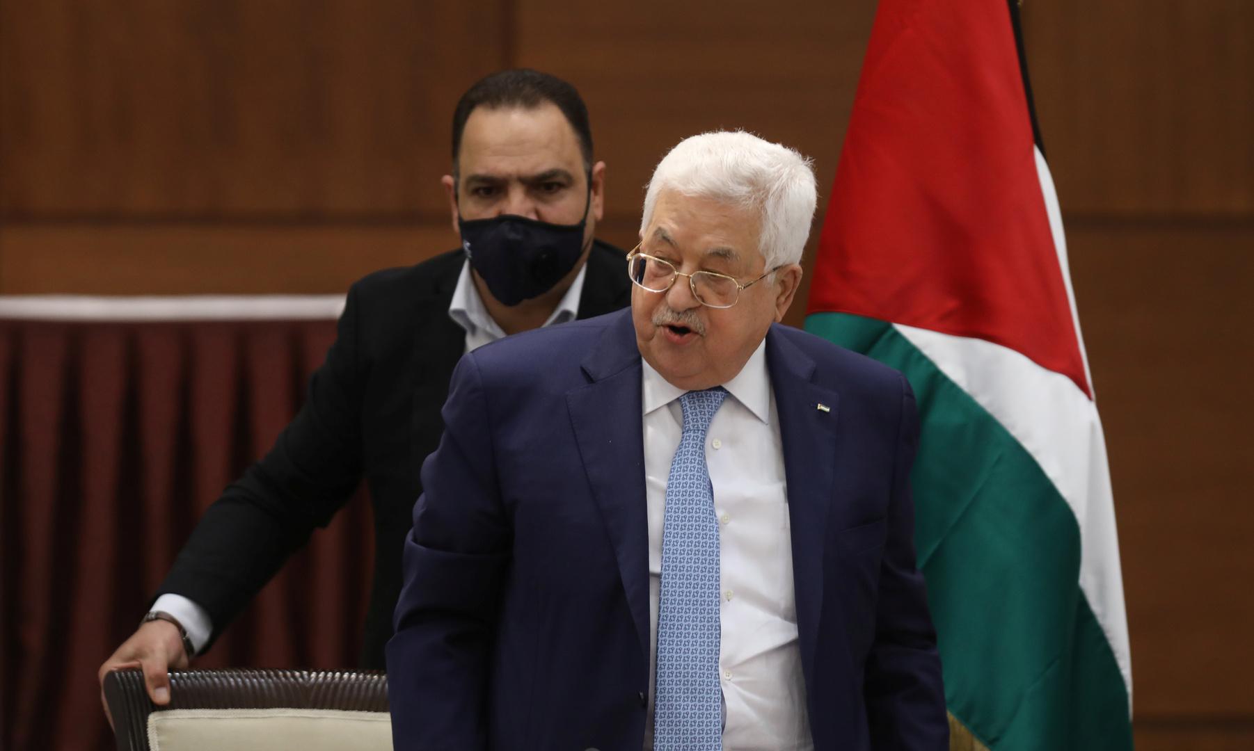 عباس يبحث التطورات في القدس هاتفيا مع ملك الأردن والرئيس التونسي