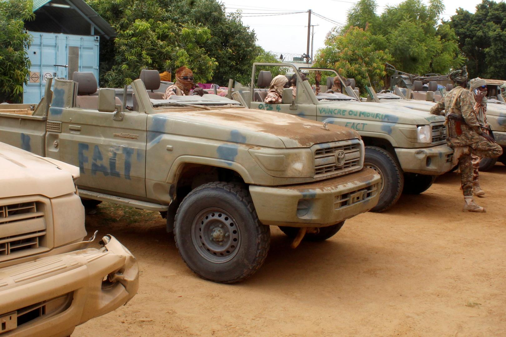 سيارات تم أسرها تابعة لمتمردين من جبهة التغيير في تشاد في نجامينا، تشاد، 9 مايو 2021.