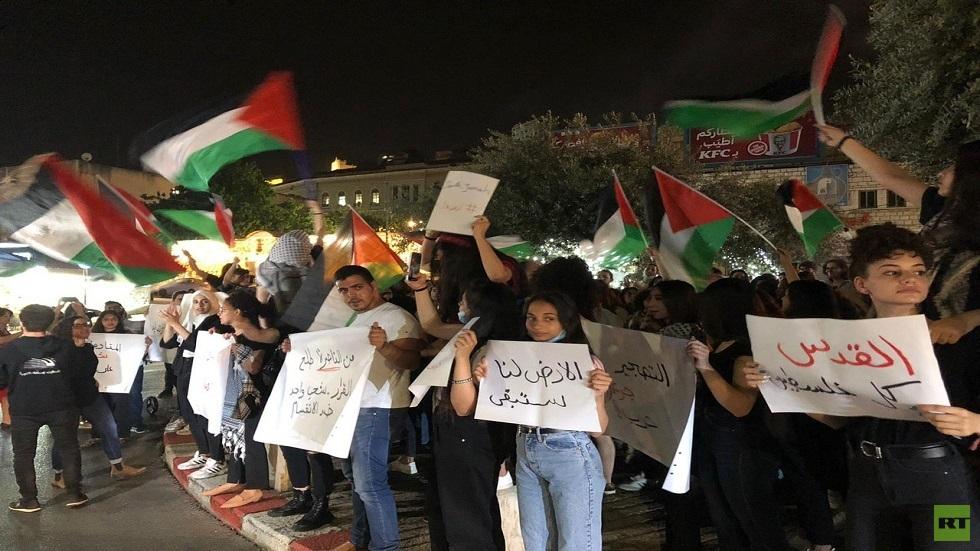الشرطة الإسرائيلية تفرّق بالقوة مظاهرة في باب العامود بالقدس