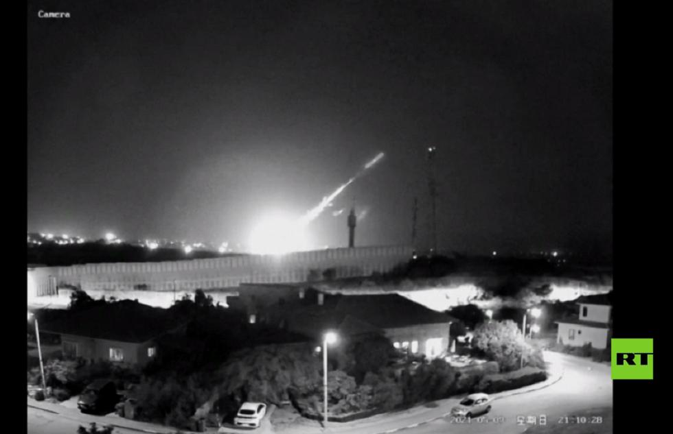 مراسلنا: المدفعية الإسرائيلية تستهدف مواقع في قطاع غزة