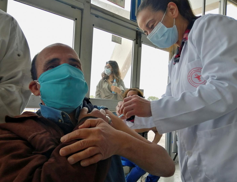 تونس.. 79 وفاة و1301 إصابة جديدة بفيروس كورونا