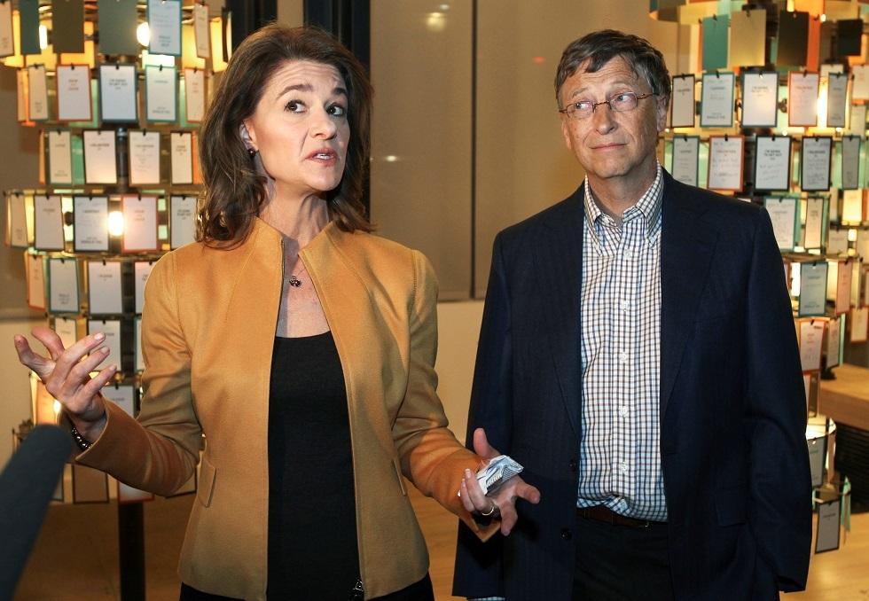 الملياردير الأمريكي مؤسس شركة مايكروسوفت بيل غيتس وطليقته ميليندا