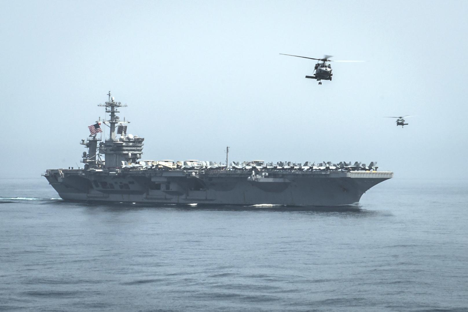 البنتاغون: زوارق الحرس الثوري نفذت مناورة غير آمنة أمام السفن الأمريكية في مضيق هرمز
