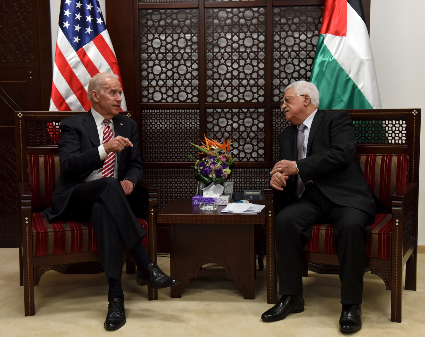 محمود عباس وجو بايدن (صورة أرشيفية)