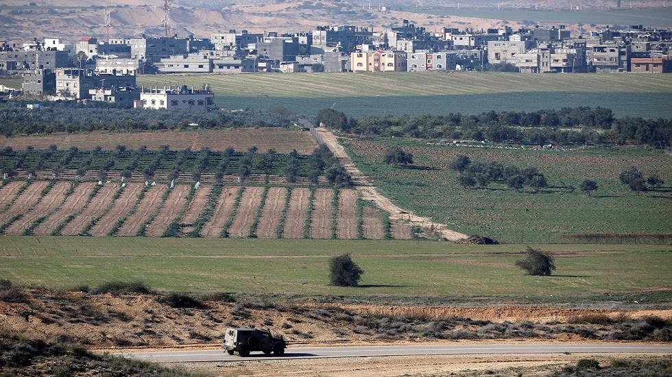 مقتل إسرائيلي وإصابة اثنين بقذيفة مضادة للدروع في غلاف غزة