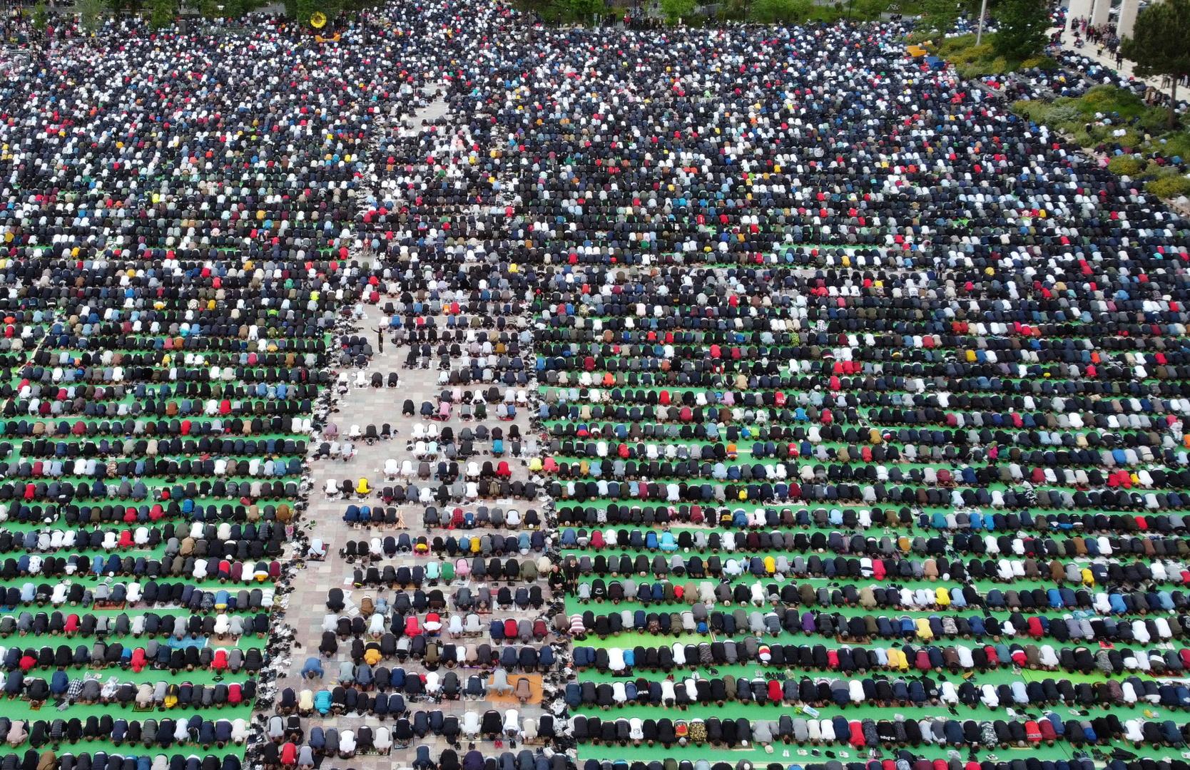 صلاة عيد الفطر في ألبانيا