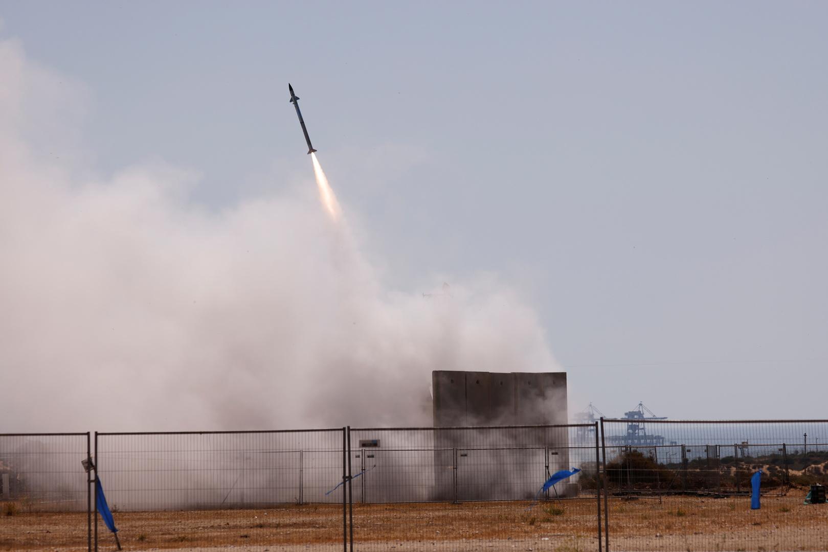 ألوية الناصر صلاح الدين تقصف مدينة عسقلان برشقة صاروخية من طراز غراد