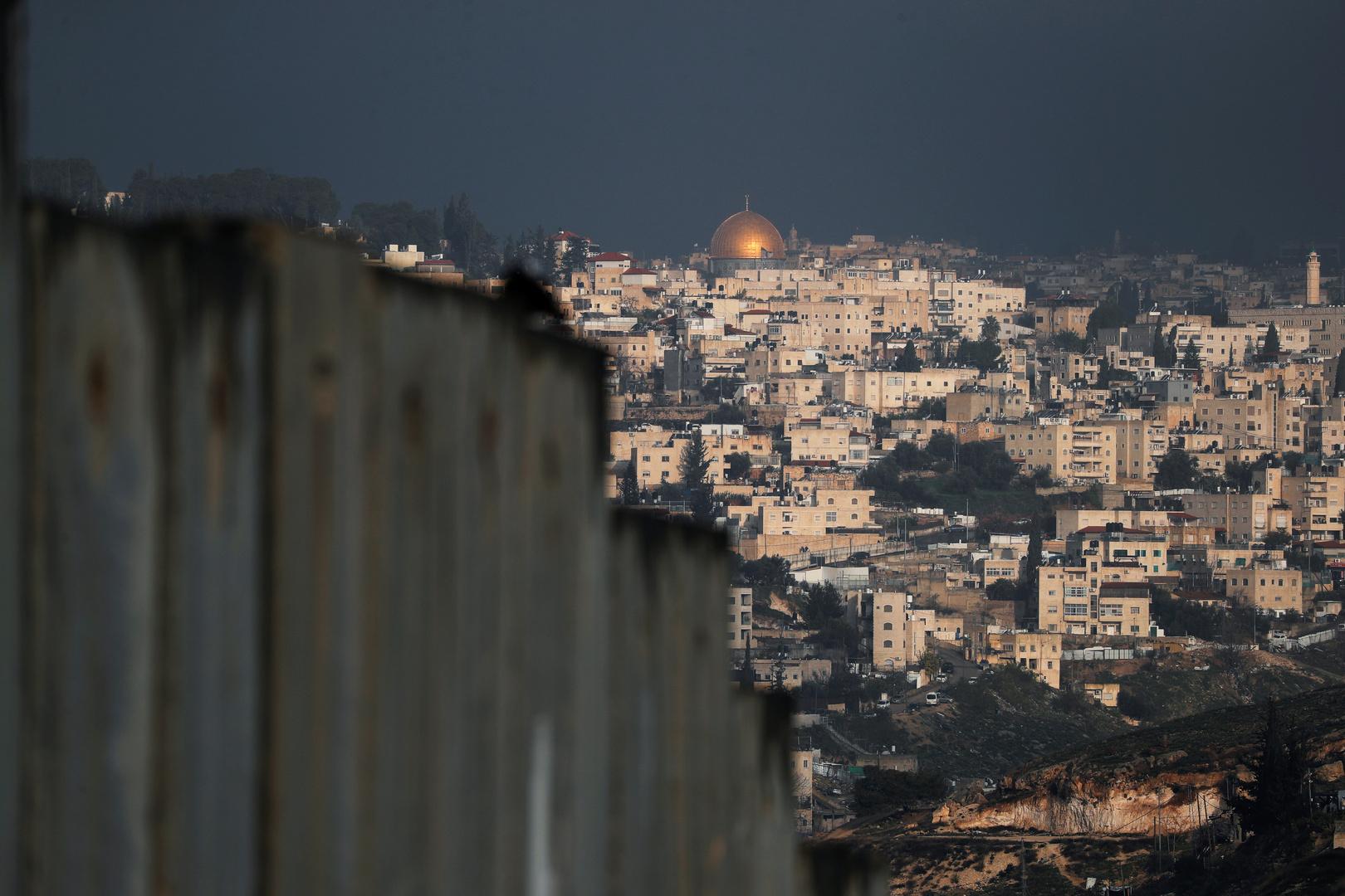 القوات الإسرائيلية تغلق مداخل حي الشيخ جراح في القدس