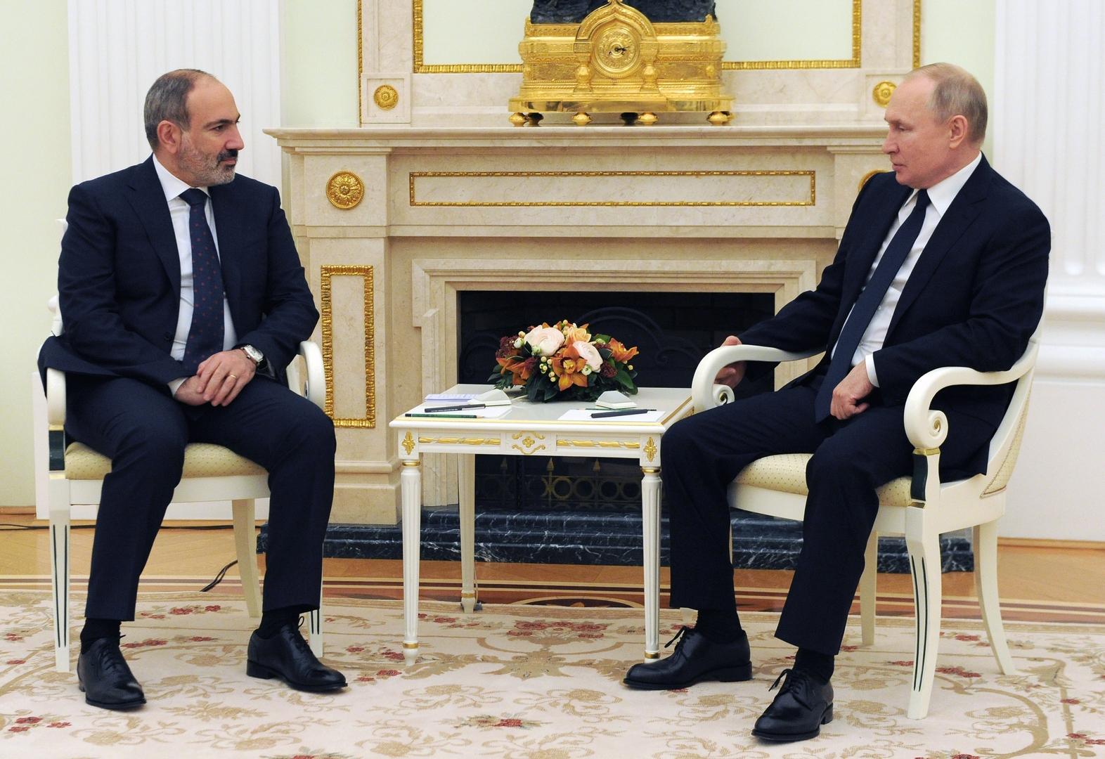 باشينيان: طلبت من بوتين مساعدة عسكرية في ظل الأوضاع على حدود أرمينيا مع أذربيجان