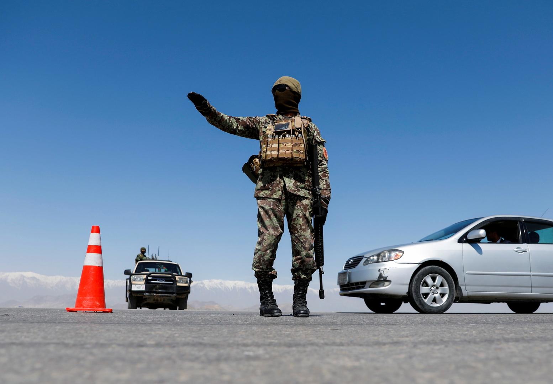 نقطة تفتيش في كابول