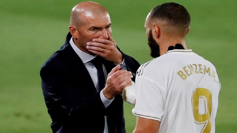 زيدان يبلغ لاعبي ريال مدريد برحيله عن الفريق.. و3 مرشحين لخلافته