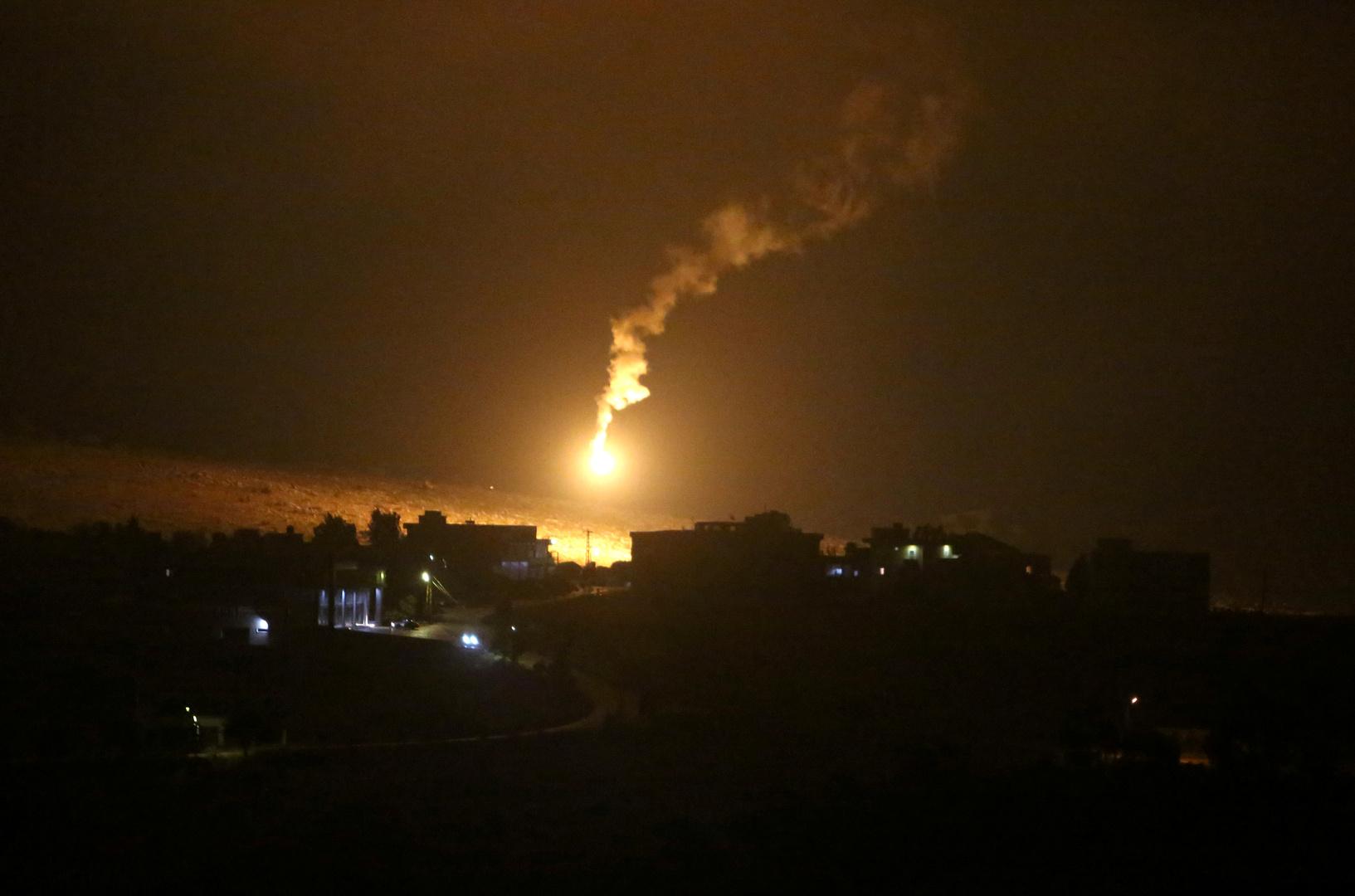 صافرات الإنذار تدوي في إسرائيل على الحدود مع لبنان وسماع دوي انفجارات