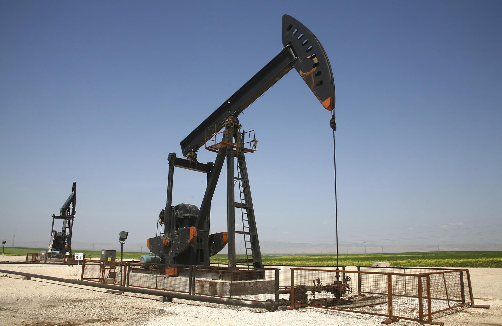رفع أسعار المشتقات النفطية في شمال سوريا  بنسب هي الأعلى