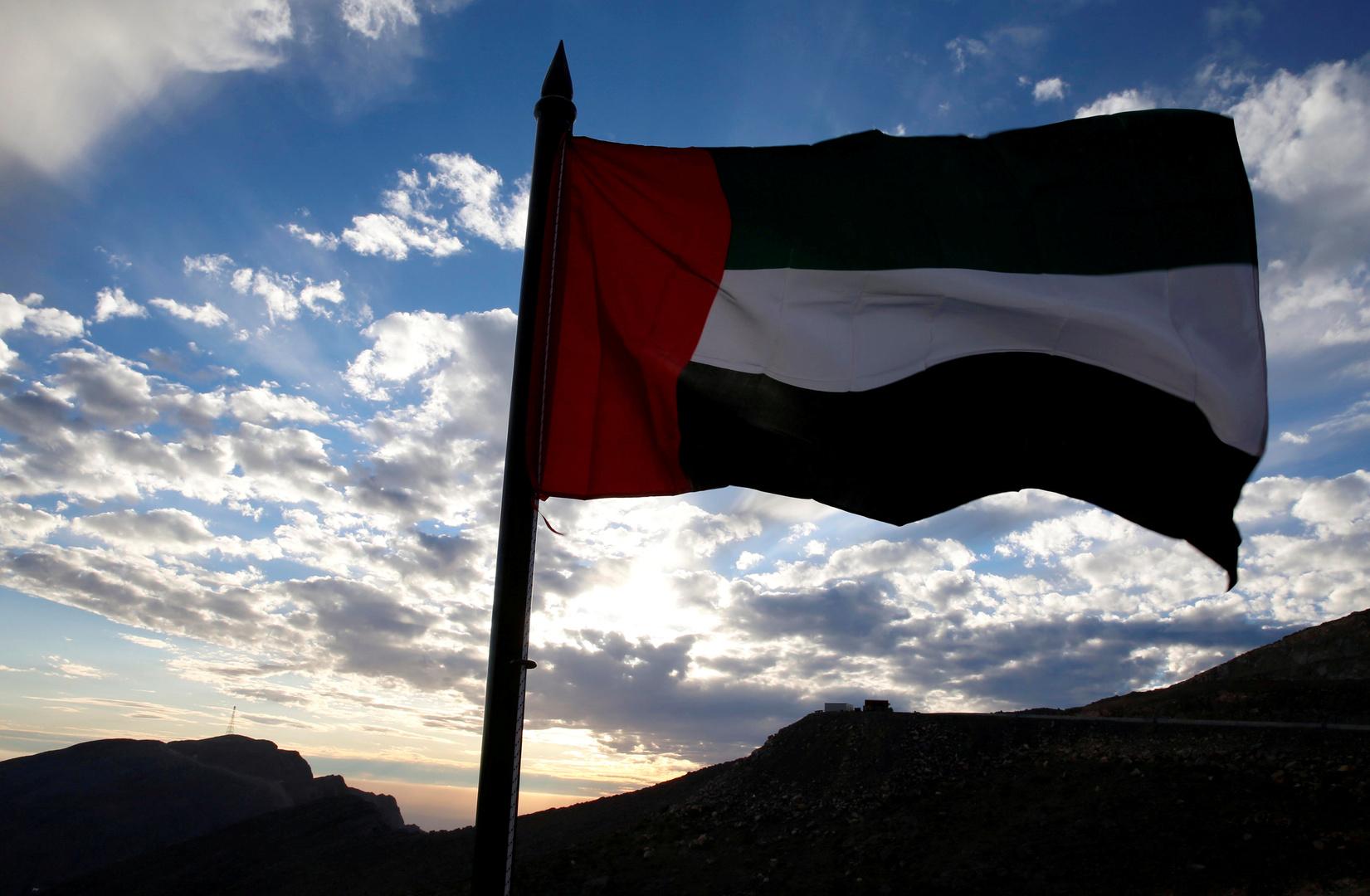 الخارجية الإماراتية تستدعي سفير بيروت بعد