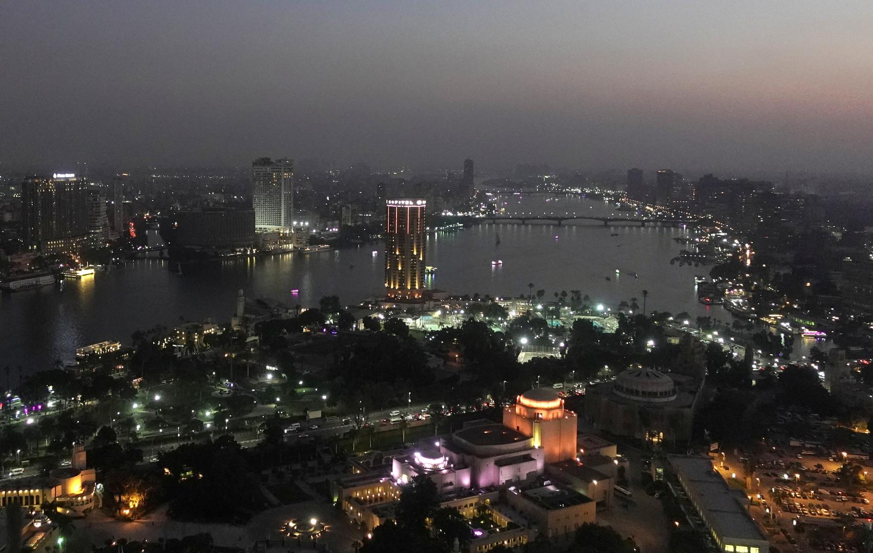 مصر تسجل 1169 إصابة و53 وفاة جديدة بكورونا